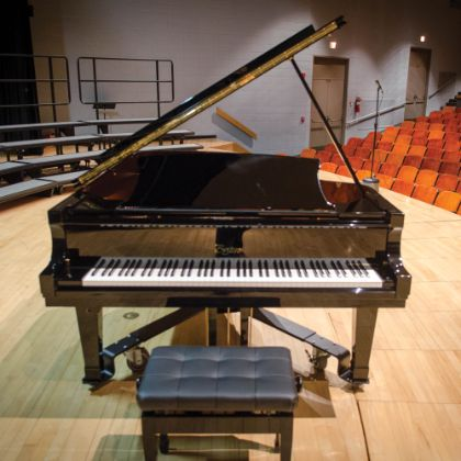 /features/the-boston-chronicle/fall-2018/steinway-boston-macomb-schools
